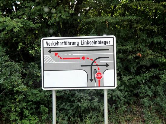 Schild mit Info zum Einfaedeln