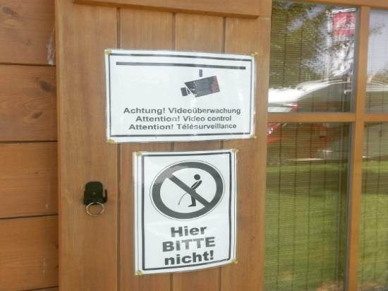 Urinieren verboten