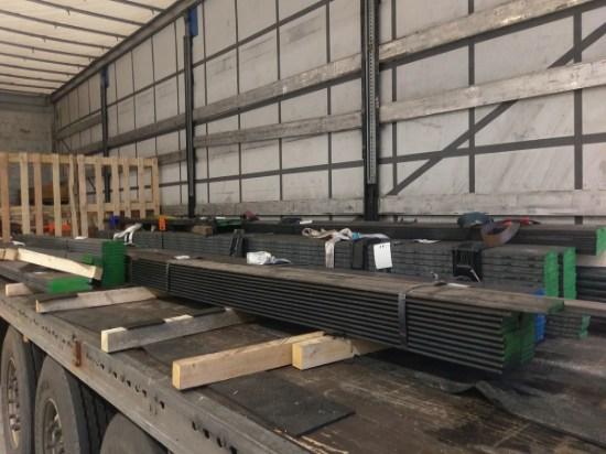 Stahl Ladung auf Auflieger