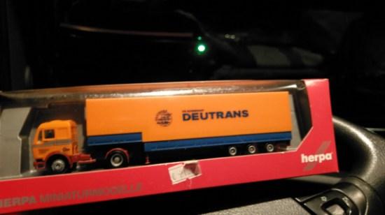 Model Truck Deutrans