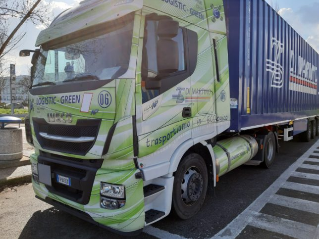 Lkw Iveco Stralis Logistic Green