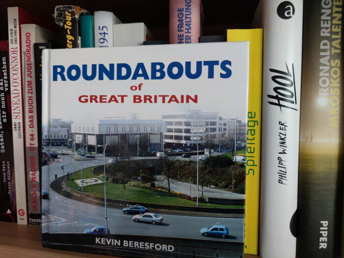 roundabouts in great britain. ganz spannend.